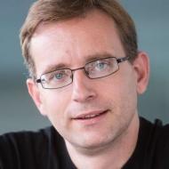 Dr. Christian Beder